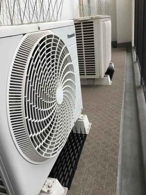 エアコン周りのプロテクター